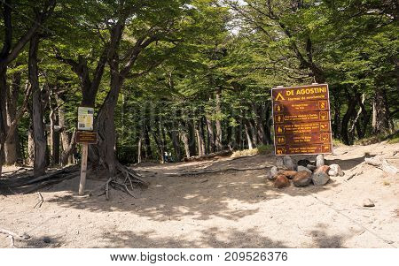 Wild camping entrance and signs / Camp warnings and house rules / Path trough the forest / Way to go in the woods