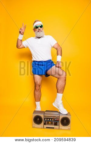 Crazy Aged Serious Athlete Pensioner Grandpa In Eyewear, Sneakers, Sexy Shorts, With Bass Clipping G