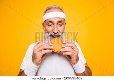 Close Up Of Modern Athlete Cool Grey Haired Pensioner Grandpa Hold Yummy Tasty Delicious Heavy Gross