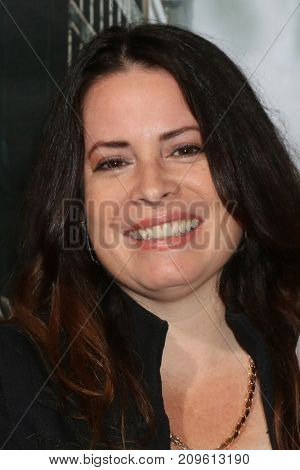 LOS ANGELES - OCT 16:  Holly Marie Combs at the Geostorm Premiere at the TCL Chinese Theater IMAX on October 16, 2017 in Los Angeles, CA