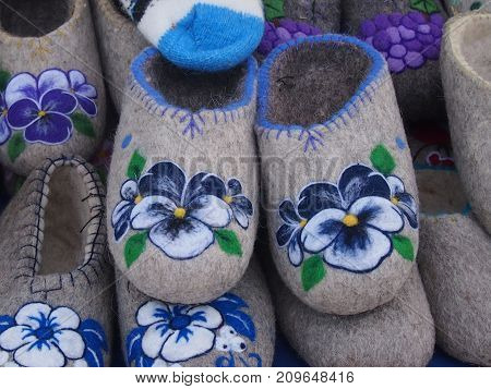 Valyany footwear from sheep wool for adults and children