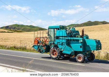 Tractor harvest