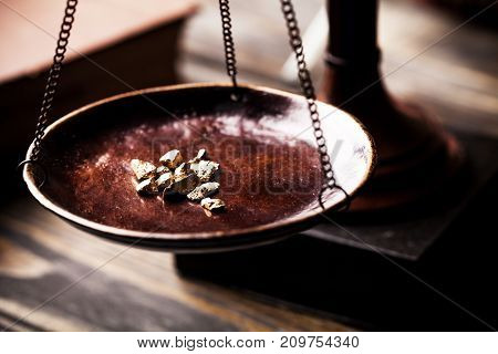 Gold scale nugget measuring scale gold rush table money