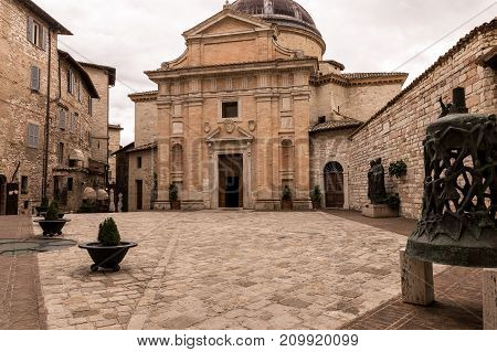 Assisi (Italy): View of Medieval Chiesa Nuova