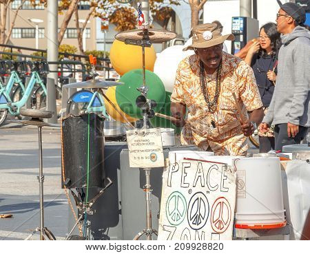 San Francisco CA USA october 22 2016: street musician playing buckets as drums