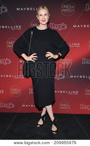 LOS ANGELES - OCT 04:  Kelly Rutherford arrives for the People's 'One's To Watch' Event on October 4, 2017 in Hollywood, CA
