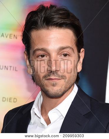 LOS ANGELES - SEP 27:  Diego Luna arrives for the 'Flatliners' World Premiere on September 27, 2017 in Los Angeles, CA
