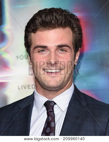 LOS ANGELES - SEP 27:  Beau Mirchoff arrives for the 'Flatliners' World Premiere on September 27, 2017 in Los Angeles, CA