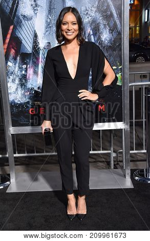 LOS ANGELES - OCT 16:  Sonya Balmores arrives for the