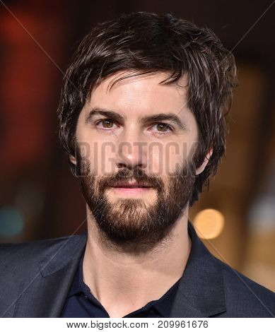 LOS ANGELES - OCT 16:  Jim Sturgess arrives for the