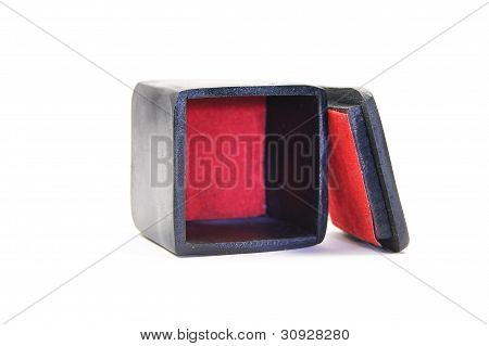 black box with a red base