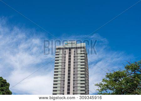 Atlantic City, Nj - 11 June 2019: Timeshares In Wyndham Skyline Tower In Atlantic City On The New Je