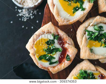 Ideas And Recipes For Healthy Vegan Shakshouka Cups With Vegan Tofu Eggs And Turmeric Yolk. Puff Fil