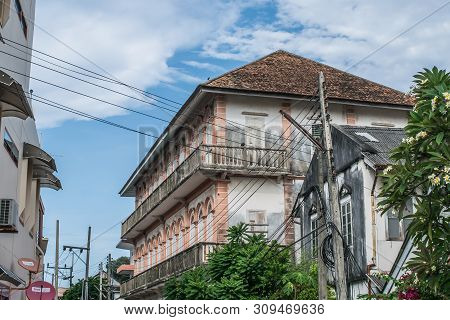 Songkhla, Thailand - August 6, 2017; The Beautiful View Old Building At Nang Ngam Road During Day Ti