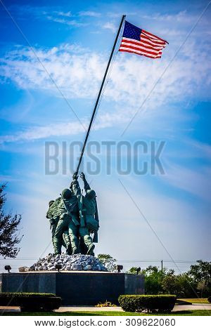A Colossal Sculpture Group Of Undying Valor In Harlingen, Texas