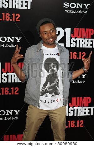 LOS ANGELES - MAR 13:  Justin Hires arrives at the