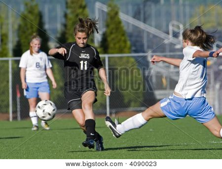 Girls Hs Varsity Soccer Reach