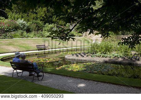 Saltash (england), Uk - August 21, 2015: Tourist In Cotehele Park, Near Saltash,  Cornwall, England,