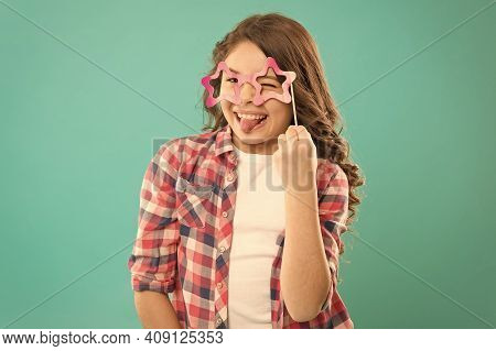Start This Party. Hey Just Have Fun. Funny Small Girl Holding Glasses Photo Booth Props On Stick. Cu