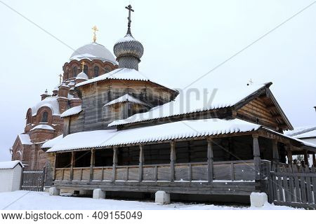 Churches Of John The Baptist Monastery In Sviyazhsk