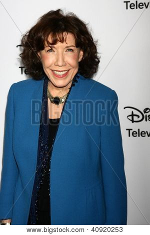 LOS ANGELES - JAN 10:  Lily Tomlin attends the ABC TCA Winter 2013 Party at Langham Huntington Hotel on January 10, 2013 in Pasadena, CA
