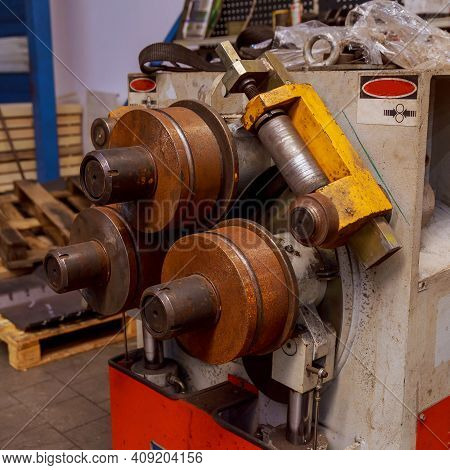 Industrial Device For Bending Of Metal Pipes.