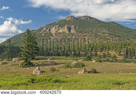 Rolling Hills In The Summer Sun In Rocky Mountain National Park In Colorado