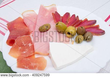 Starter Plate With York Ham, Spanish Serrano Ham, Mojama, Fresh Cheese And Olives