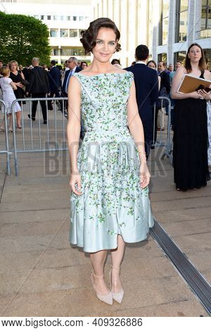 Actress Katie Holmes attends the 2018 American Ballet Theatre Spring Gala at The Metropolitan Opera House on May 21, 2018 in New York City.