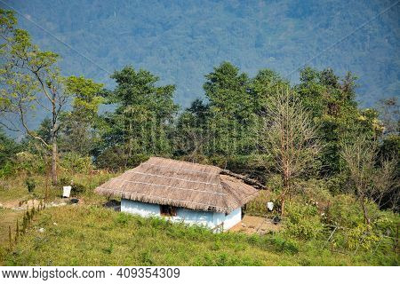 Beautiful Thatch Hut In Remote Darjeeling Hill With Blissful And Scintillating Himalayan View