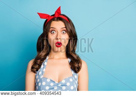 Close-up Portrait Of Her She Nice-looking Attractive Lovely Winsome Fashionable Glamorous Worried Wa