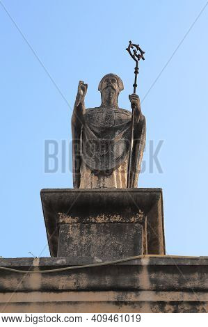 Trogir, Croatia - September 11, 2016: This Is A Statue Of St. John Of Trogir Above The Old City Eart