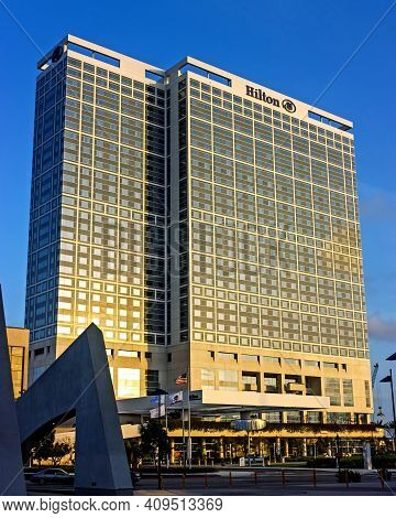 San Diego,ca- April 20,2014:hotel Hilton Located In Downtown Of San Diego City,california,united Sta