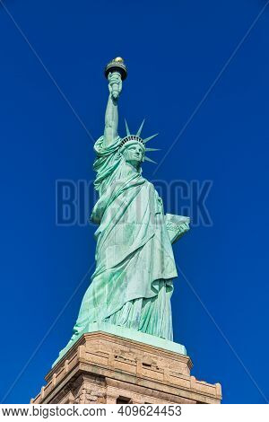 New York, New York, Usa- Jan 9,2019: The Statue Of Liberty In New York City Usa Daylight Close Up Lo