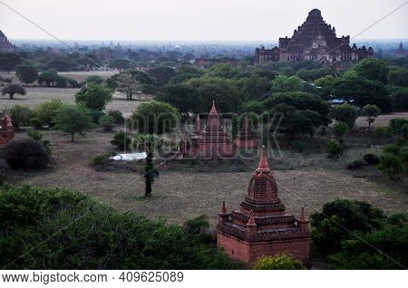 View Landscape Ruins Cityscape World Heritage Site With Over 2000 Pagodas And Htilominlo Temples Loo