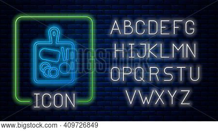 Glowing Neon Cutting Board Icon Isolated On Brick Wall Background. Chopping Board Symbol. Neon Light