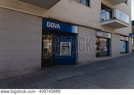 Caldes De Montbui, Spain - 31 January 2021: Atm Service Machine Of A Bank Of Bbva In Spain. Red Atm