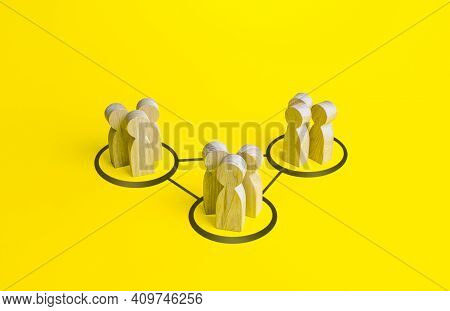 Groups Of People Are Connected By Lines. Interdependence Correlation In Workflow. Interacting And Jo