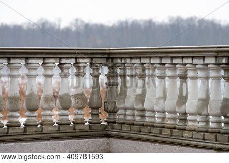 Beautiful Concrete Fence Classic Old Art Stone