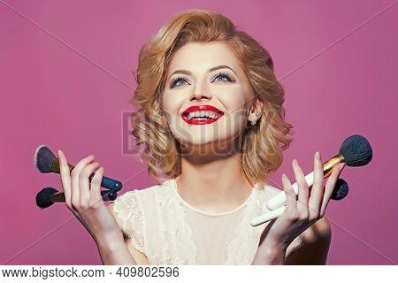 Happy Smiling Blond Girl With Elegant Retro Makeup, Pinup. Makeup And Cosmetics, Skincare, Visage. V