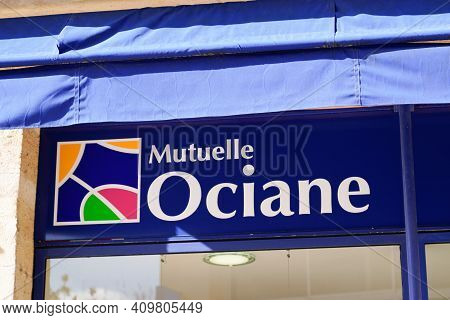 Bordeaux , Aquitaine France - 02 20 2021 : Mutuelle Ociane Sign Brand And Text Logo Front Of Office