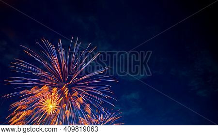 Fireworks Picture, Indian Festival Dipawali, Crackers With Cool And Warm Tone, Firework With Long Ex