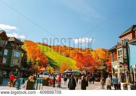 Grey County, Collingwood Area,blue Mountain Village, Resort, Ontario,canada,oct.17,2020, Gorgeous Vi