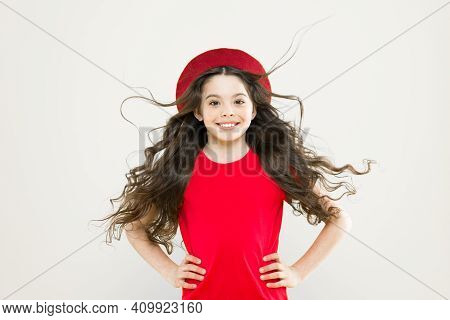 Little Girl Grow Long Hair. Teen Fashion Model. Discover Difference. Styling Curly Hair. Hairdresser