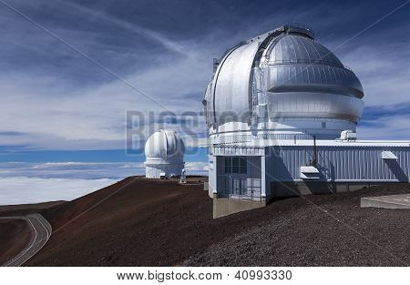 Observatories on Mauna Kea summit