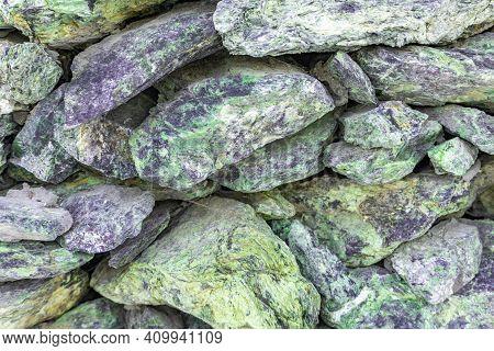 Natural Rubble Stone Texture, Jadeite Stone Masonry Pattern, Jadeite Rubble Stone Background