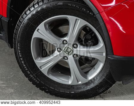 Novosibirsk, Russia - February 22 2021:  Honda Cr-v, Close-up Of The Alloy Wheel. Photography Of A M
