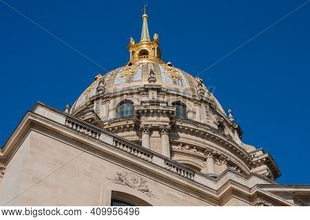 Top Detail Of Golden Dôme Des Invalides (invalids Dome) Former Church With Napoleon Bonaparte Tomb I
