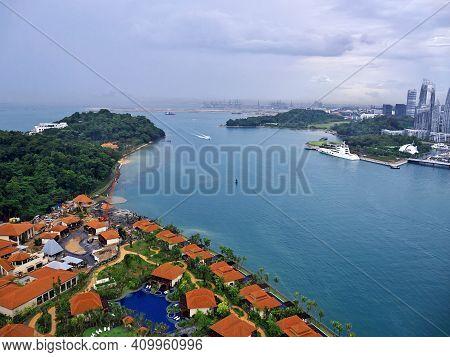 Singapore - 03 Mar 2012: The Holiday Park On Sentosa Island, Singapore