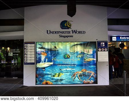 Singapore - 02 Mar 2012: The Aquarium On Sentosa Island, Singapore
